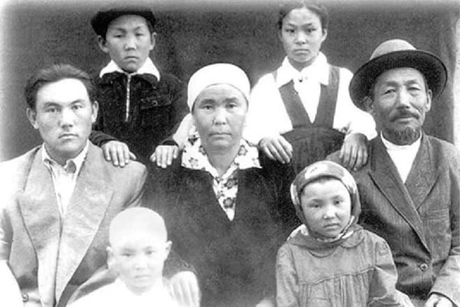 Нурсултан Назарбаев семья